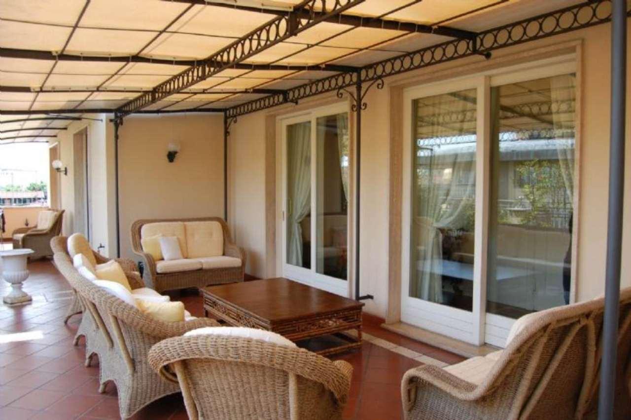 Attico / Mansarda in vendita a Prato, 6 locali, prezzo € 500.000 | Cambio Casa.it