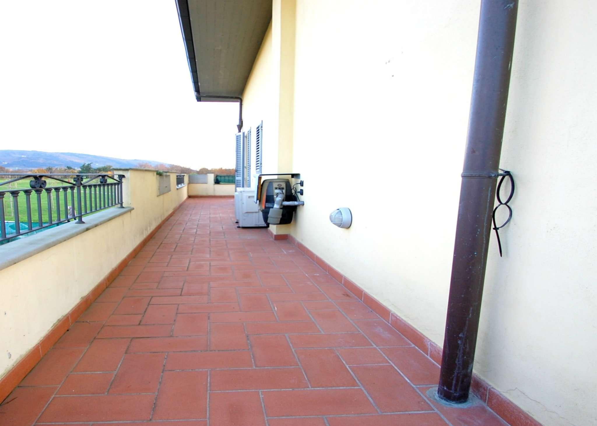 Appartamento in affitto a Prato, 3 locali, prezzo € 650 | Cambio Casa.it