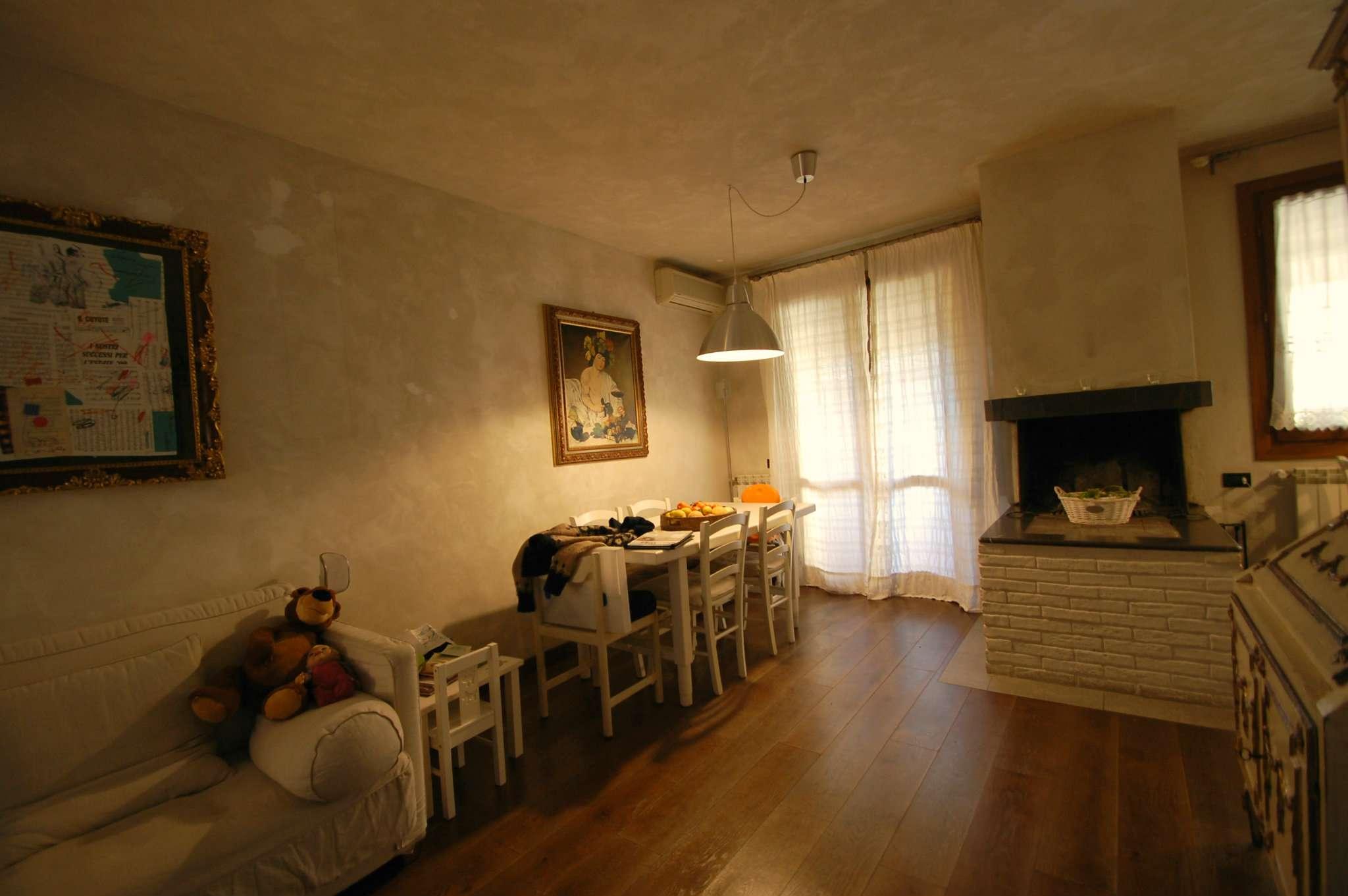 Palazzo / Stabile in vendita a Prato, 4 locali, prezzo € 325.000 | Cambio Casa.it