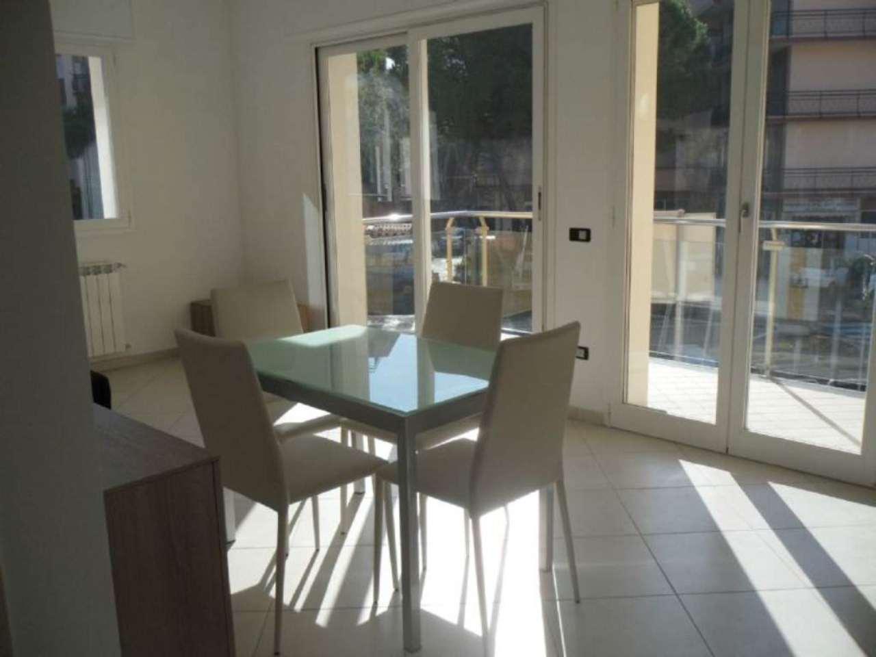 Appartamento in vendita a San Bartolomeo al Mare, 2 locali, prezzo € 205.000 | Cambio Casa.it