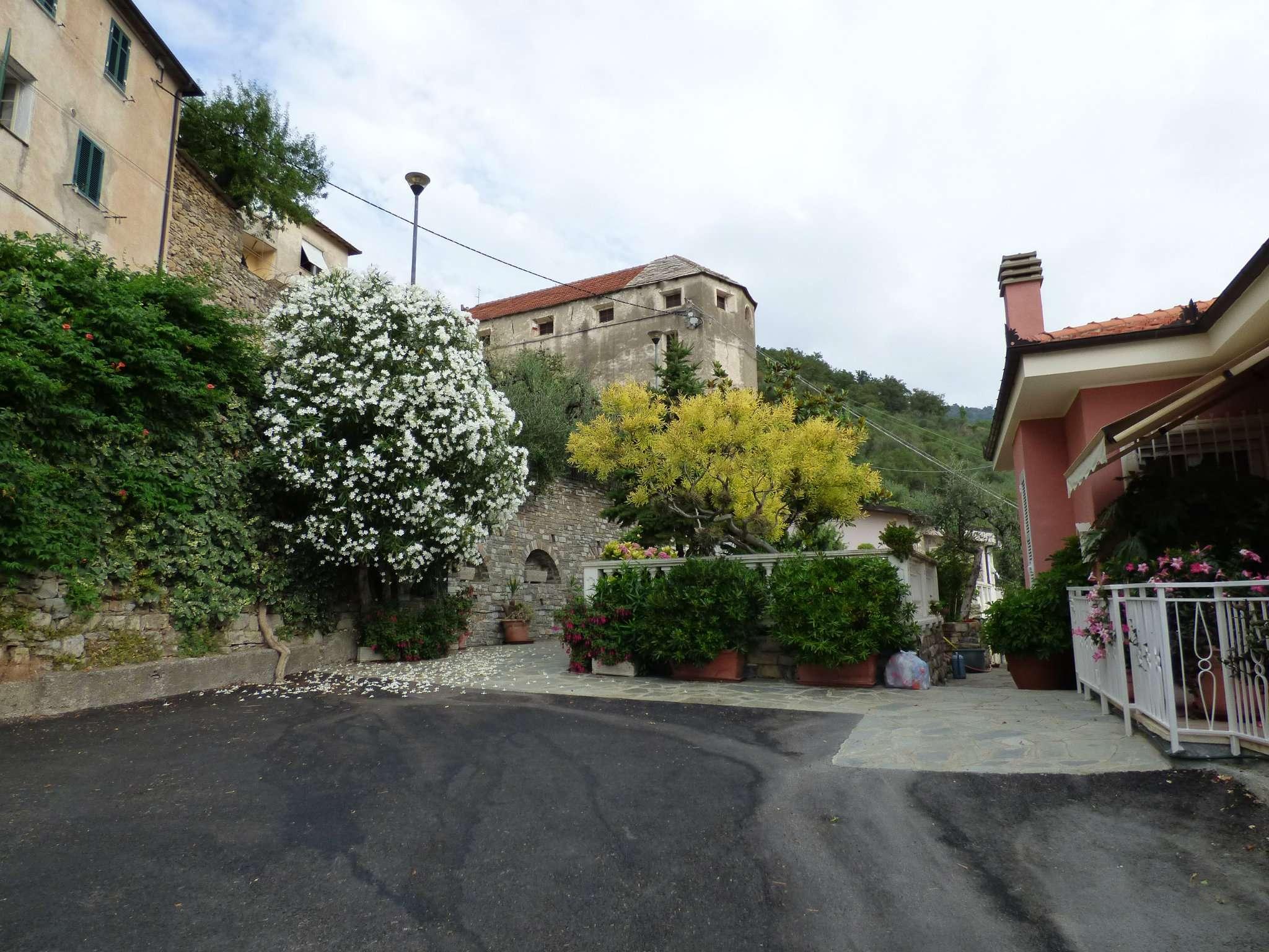 Appartamento in vendita a Villa Faraldi, 4 locali, prezzo € 65.000 | CambioCasa.it