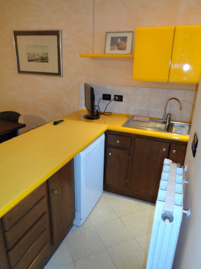 Appartamento in vendita a San Bartolomeo al Mare, 3 locali, prezzo € 295.000 | Cambio Casa.it