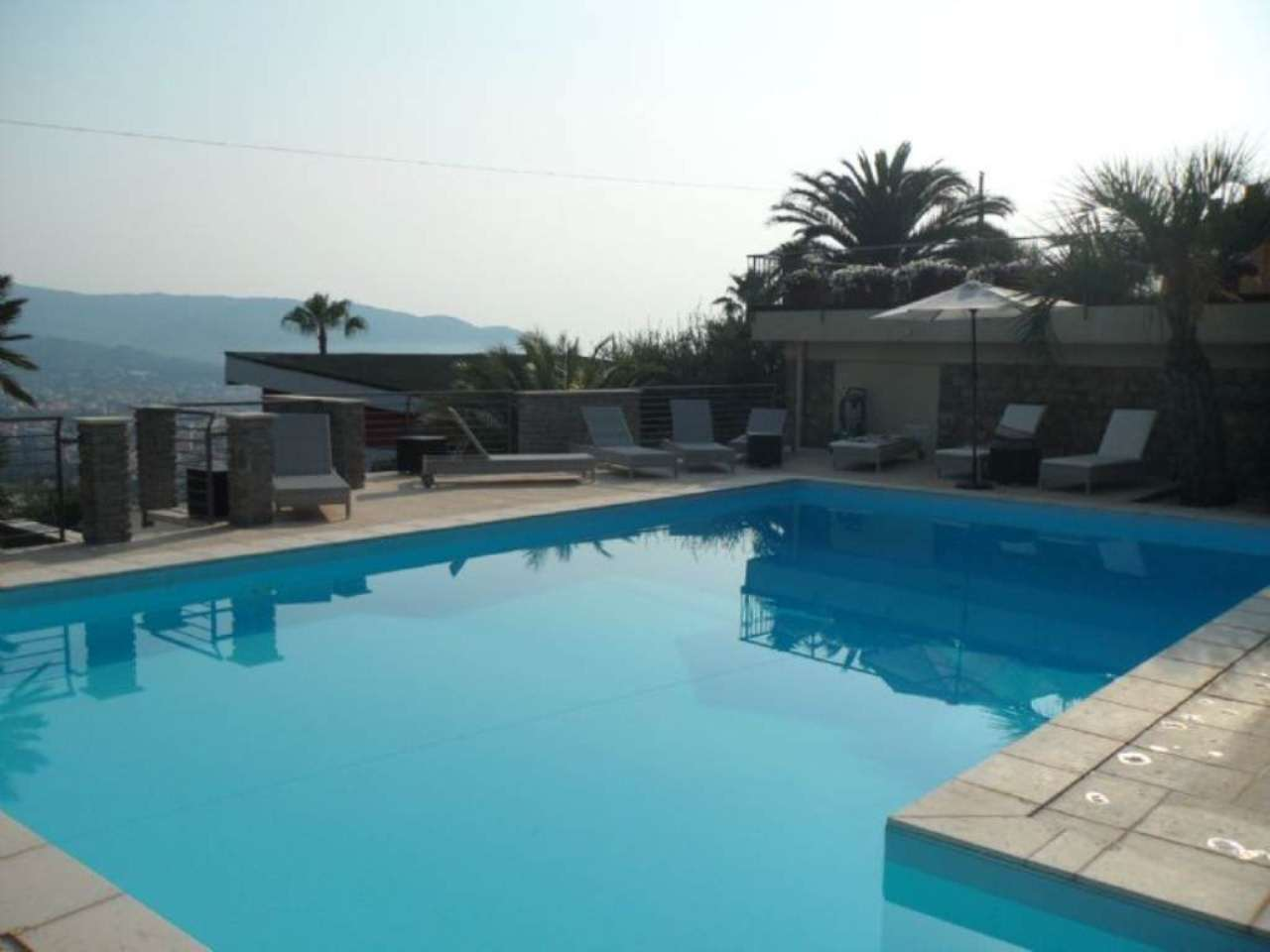 Soluzione Semindipendente in vendita a Diano Marina, 5 locali, prezzo € 580.000 | Cambio Casa.it