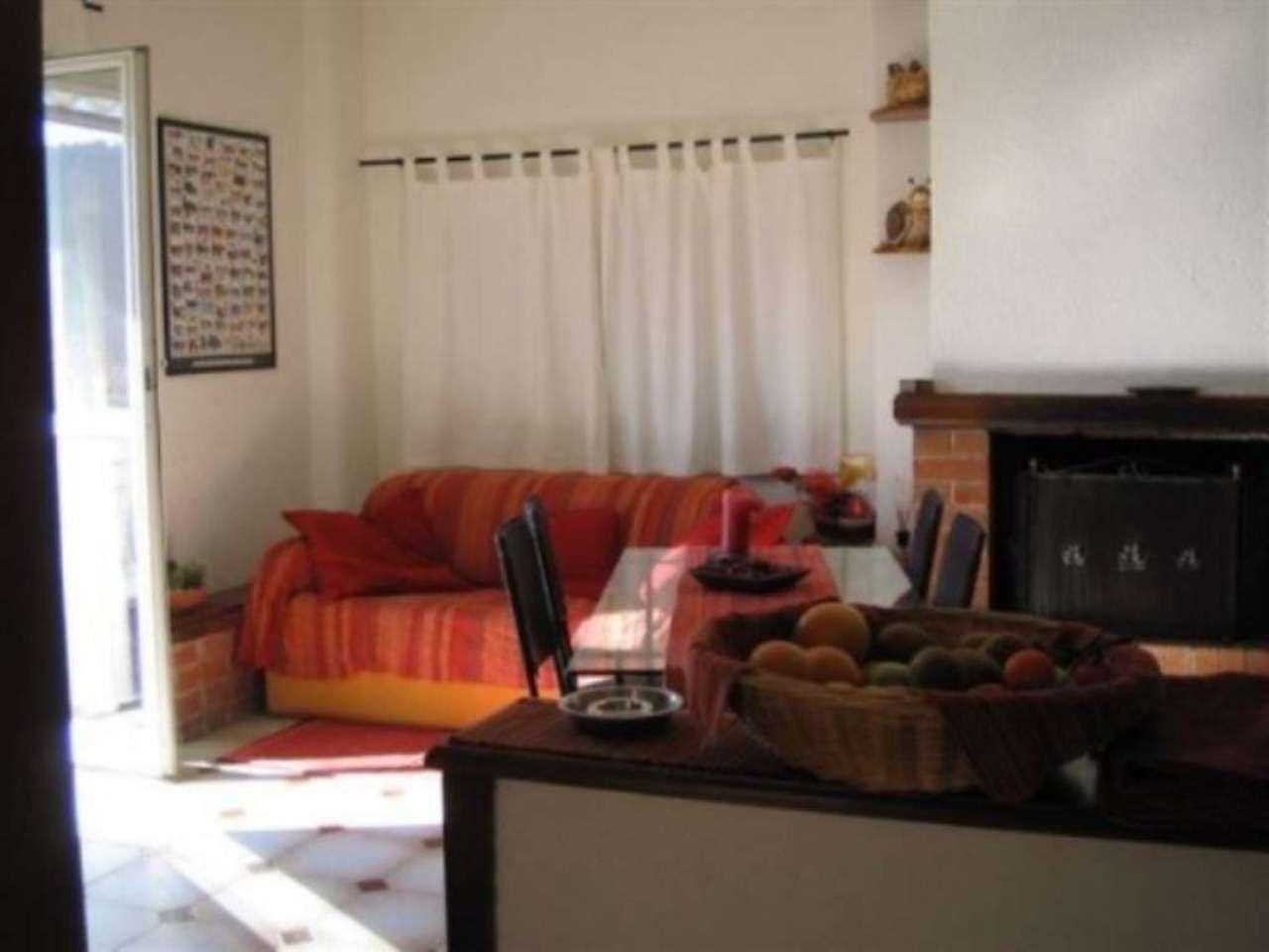 Appartamento in vendita a Diano Castello, 5 locali, prezzo € 185.000 | Cambio Casa.it
