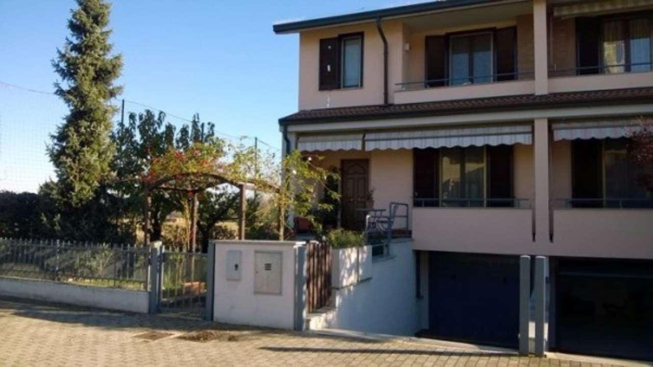 Villa a Schiera in vendita a Bornasco, 4 locali, prezzo € 199.000 | Cambio Casa.it