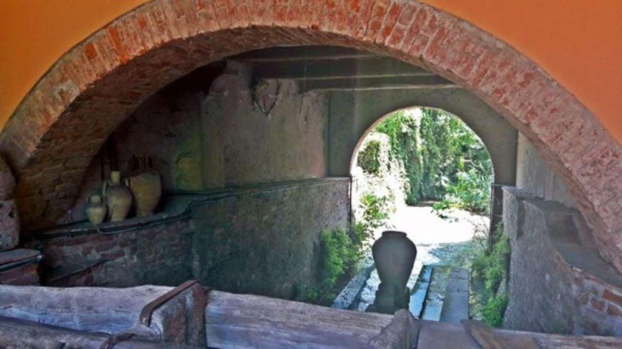Villa in vendita a Certosa di Pavia, 6 locali, prezzo € 1.100.000 | Cambio Casa.it
