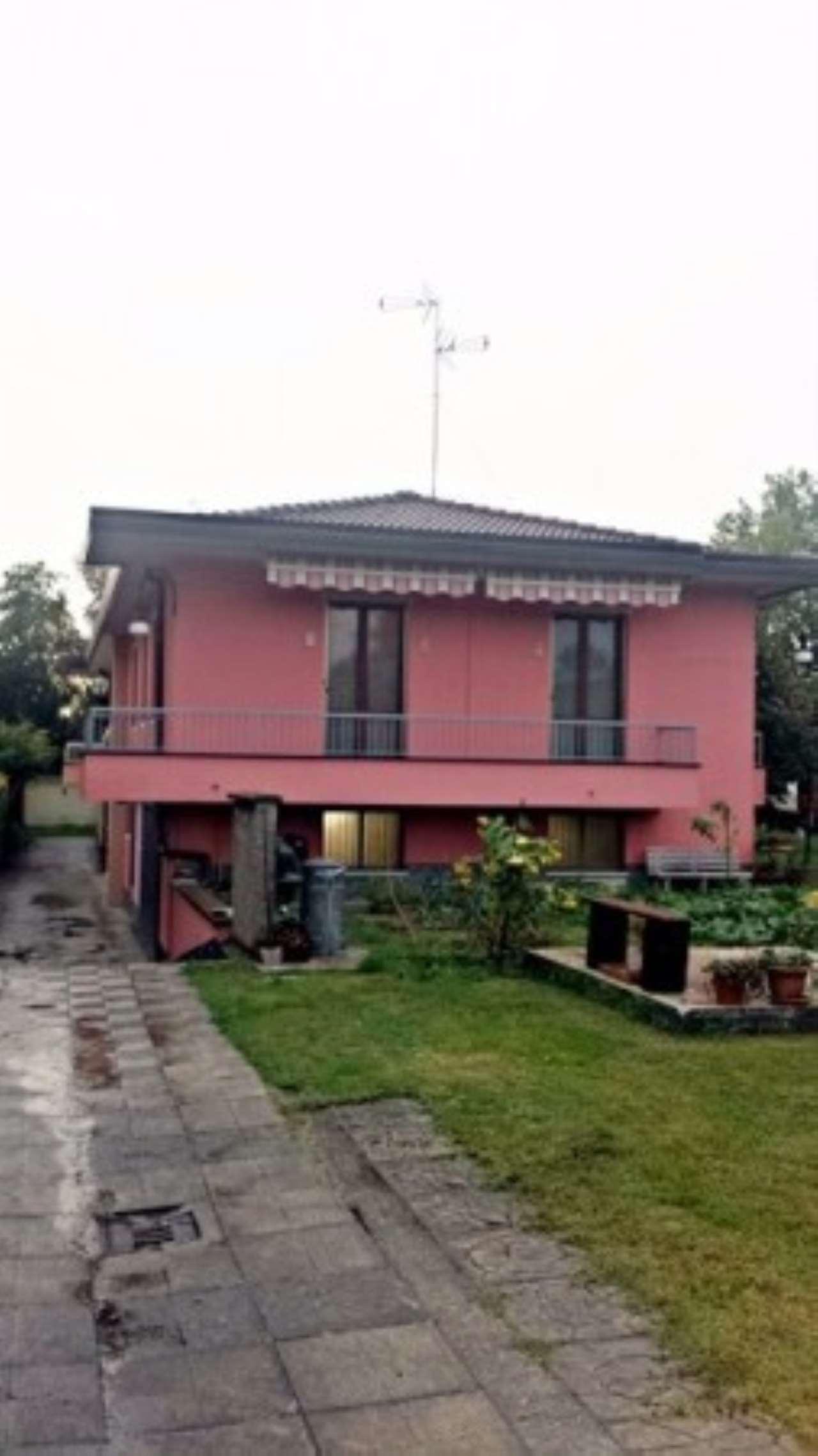 Villa in Vendita a Pieve Emanuele