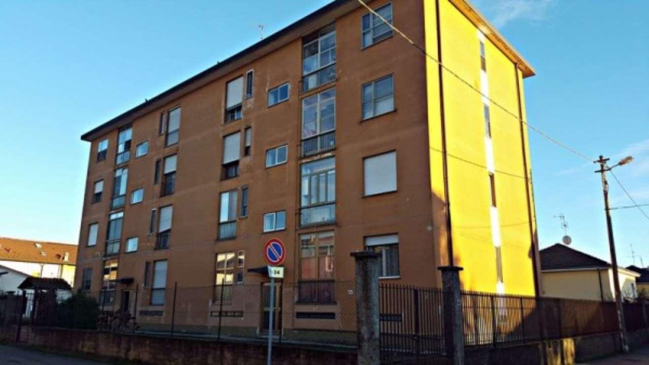 Appartamento in vendita a Giussago, 2 locali, prezzo € 50.000 | Cambio Casa.it
