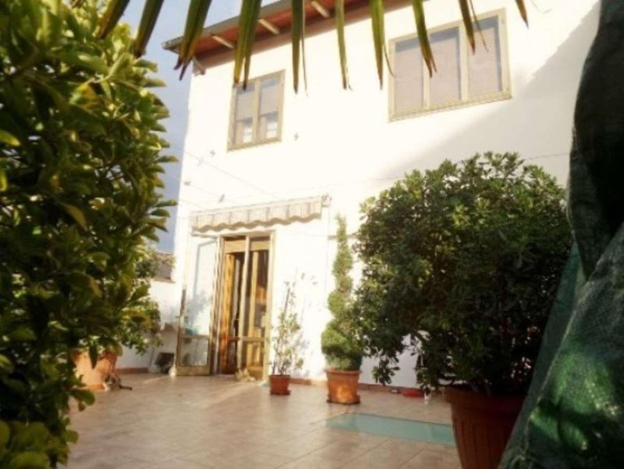 Soluzione Indipendente in vendita a Calenzano, 6 locali, prezzo € 270.000   Cambio Casa.it