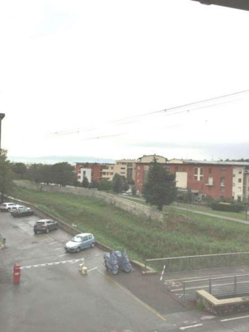 Palazzo / Stabile in Vendita a Calenzano