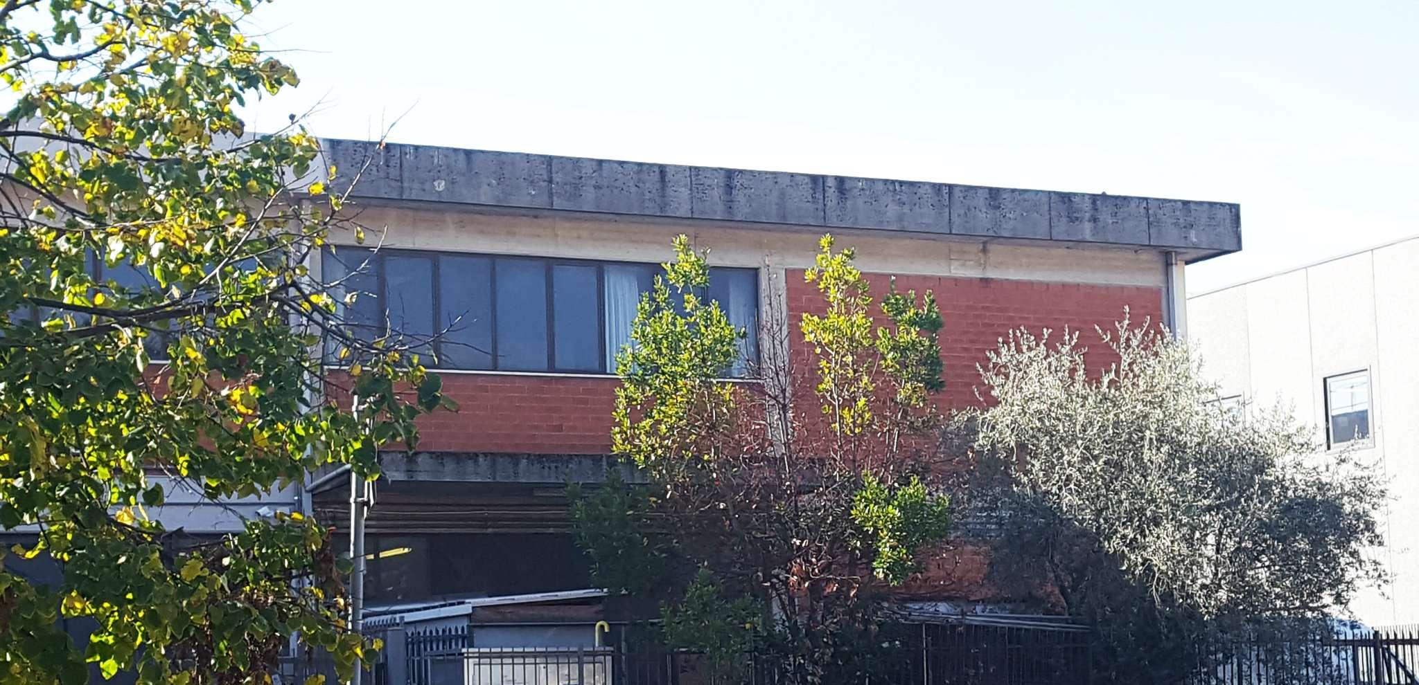 Laboratorio in vendita a Calenzano, 2 locali, prezzo € 135.000 | Cambio Casa.it