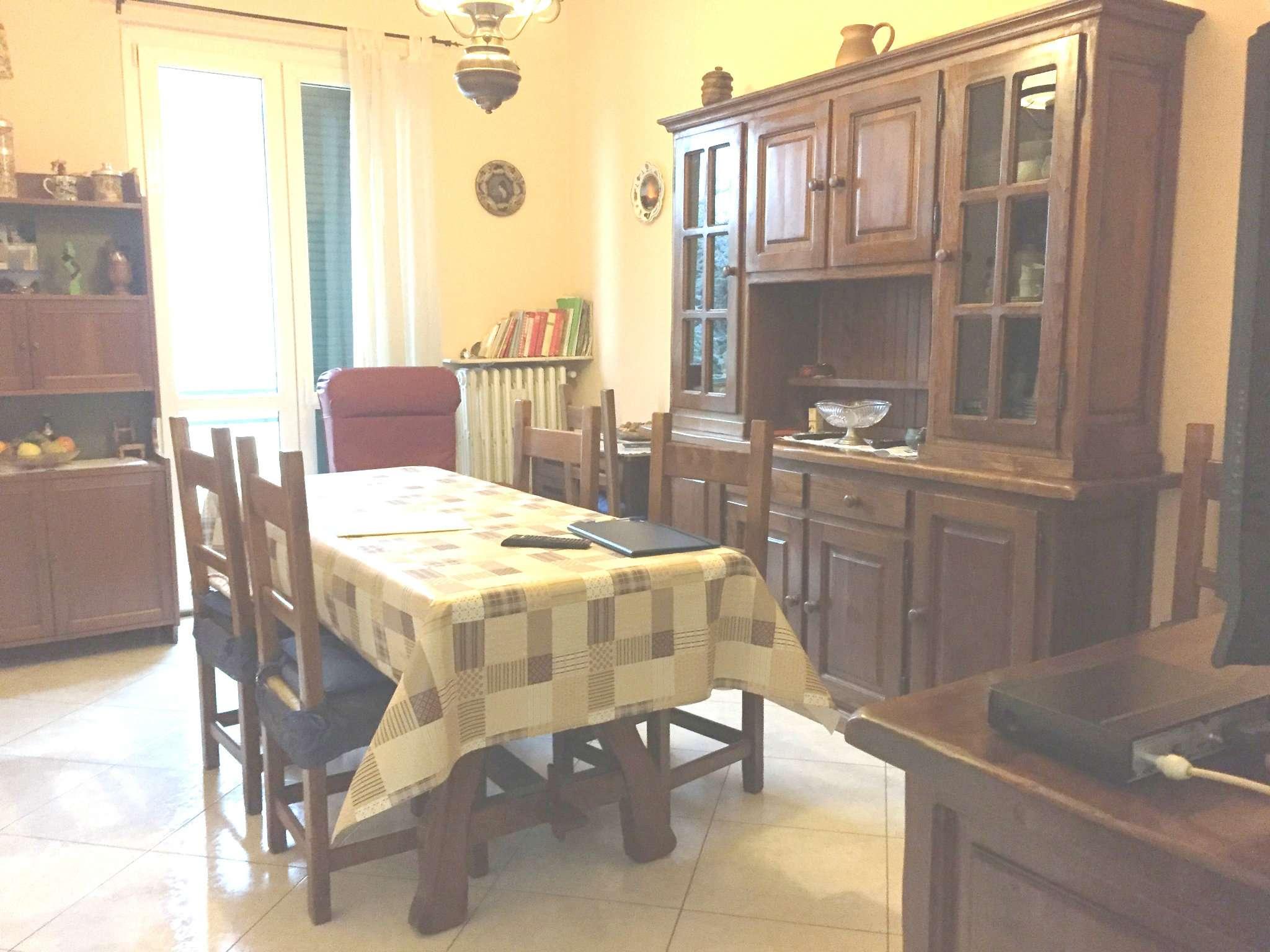 Appartamento in vendita a Sesto Fiorentino, 4 locali, prezzo € 209.000   Cambio Casa.it