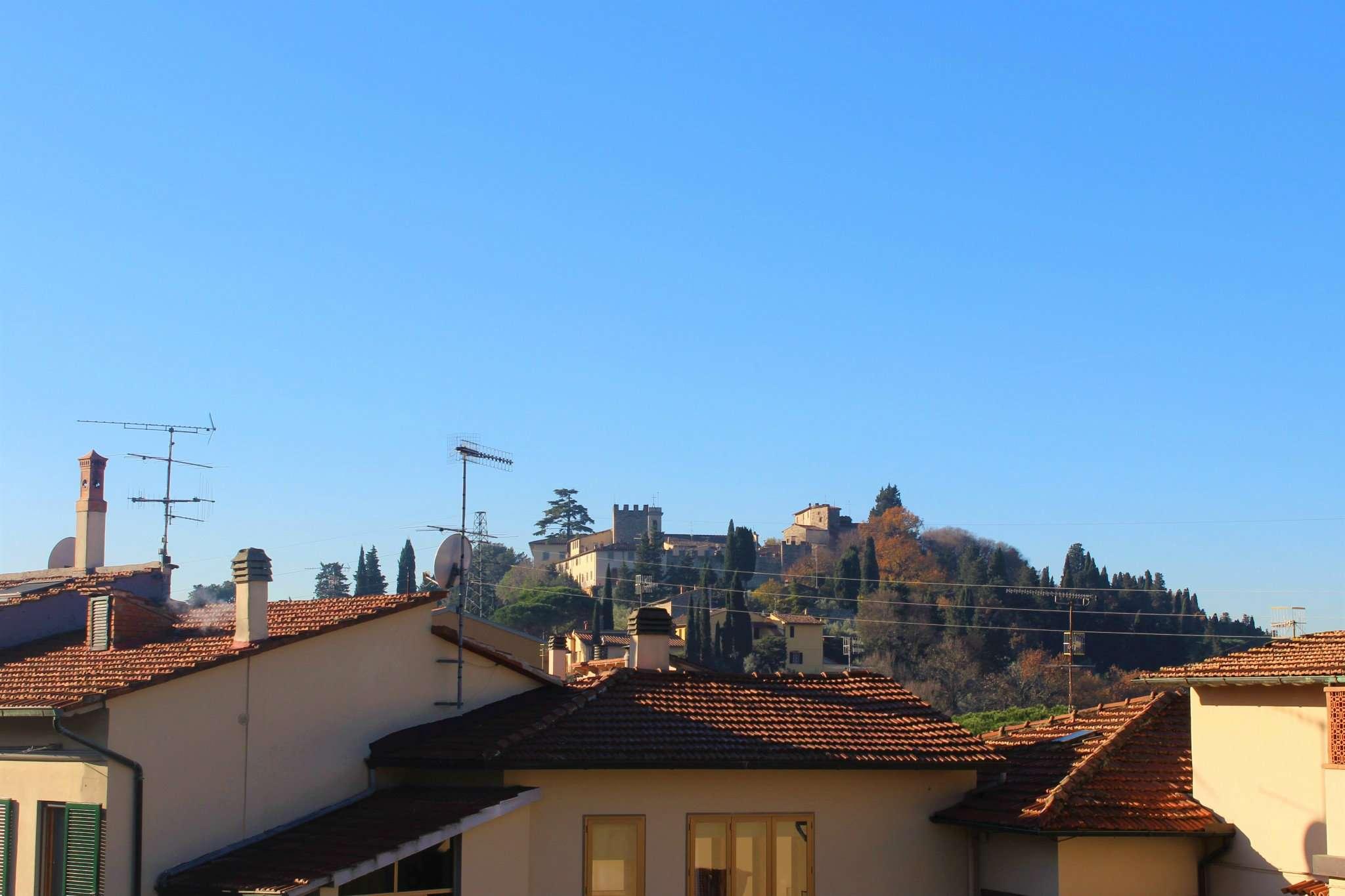 Soluzione Indipendente in vendita a Calenzano, 4 locali, prezzo € 220.000   Cambio Casa.it