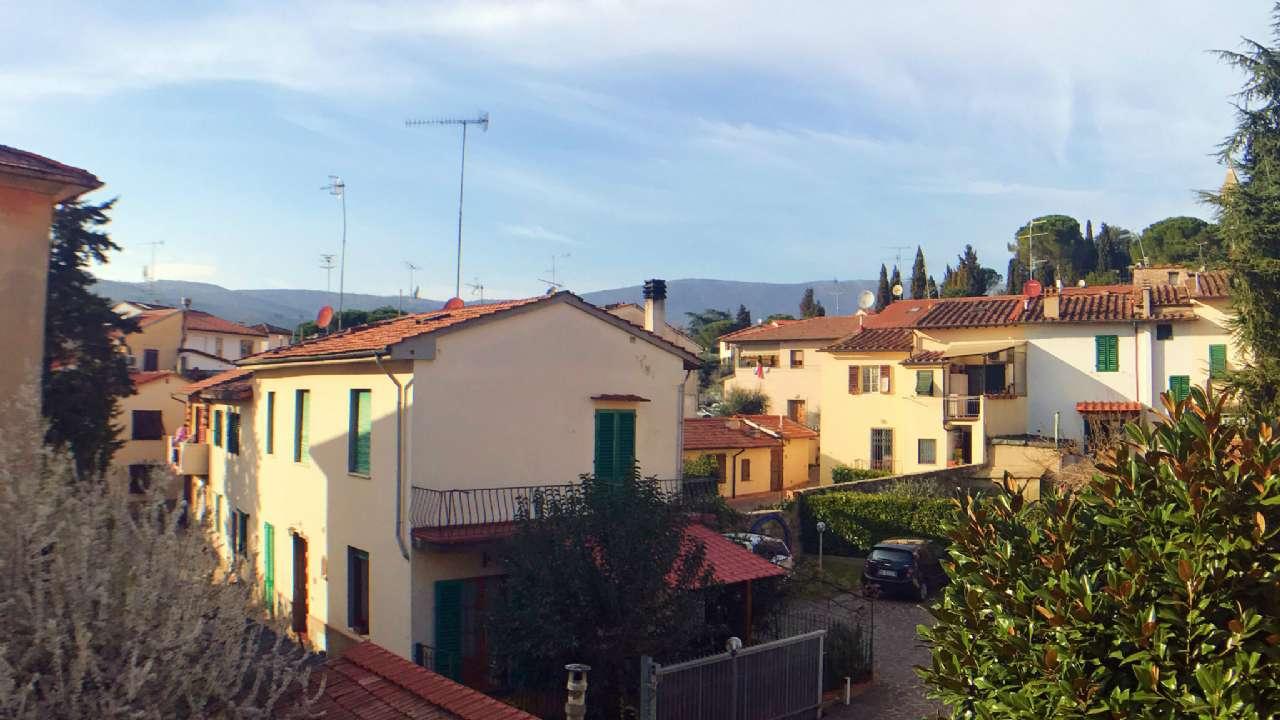 Soluzione Indipendente in vendita a Calenzano, 7 locali, prezzo € 570.000 | Cambio Casa.it