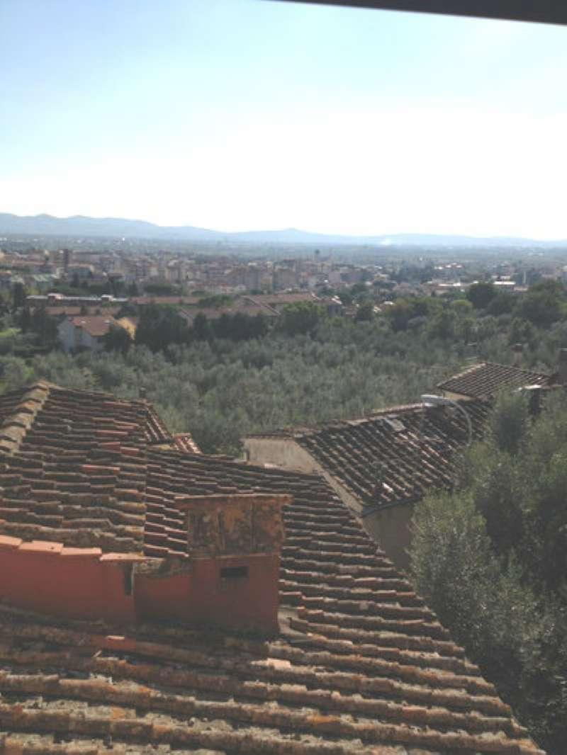 Palazzo / Stabile in Affitto a Sesto Fiorentino