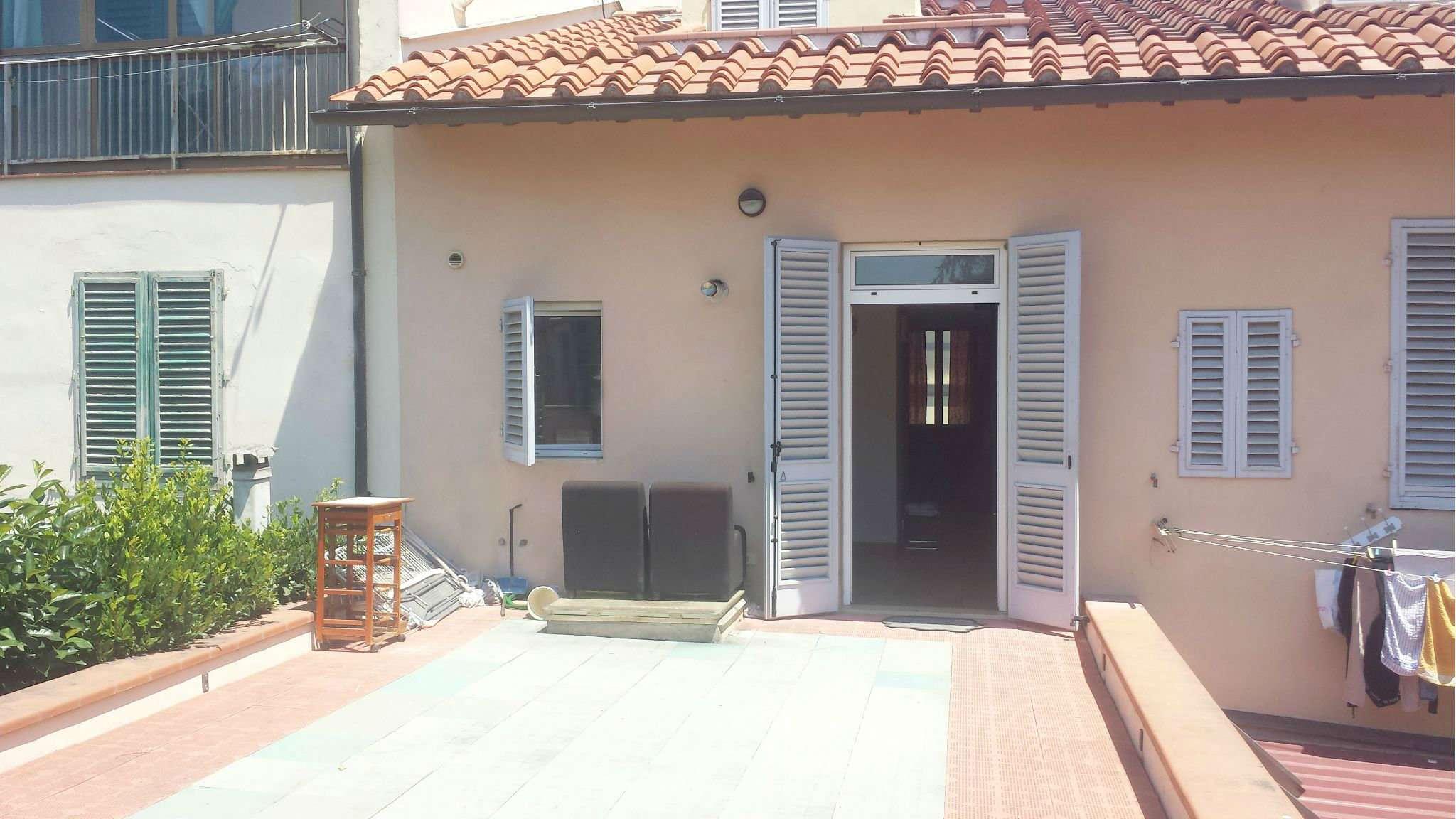 Palazzo / Stabile in affitto a Sesto Fiorentino, 3 locali, prezzo € 780 | CambioCasa.it