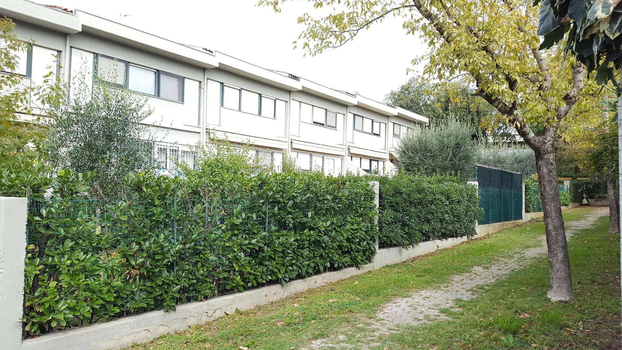 Soluzione Indipendente in vendita a Sesto Fiorentino, 5 locali, prezzo € 495.000 | CambioCasa.it