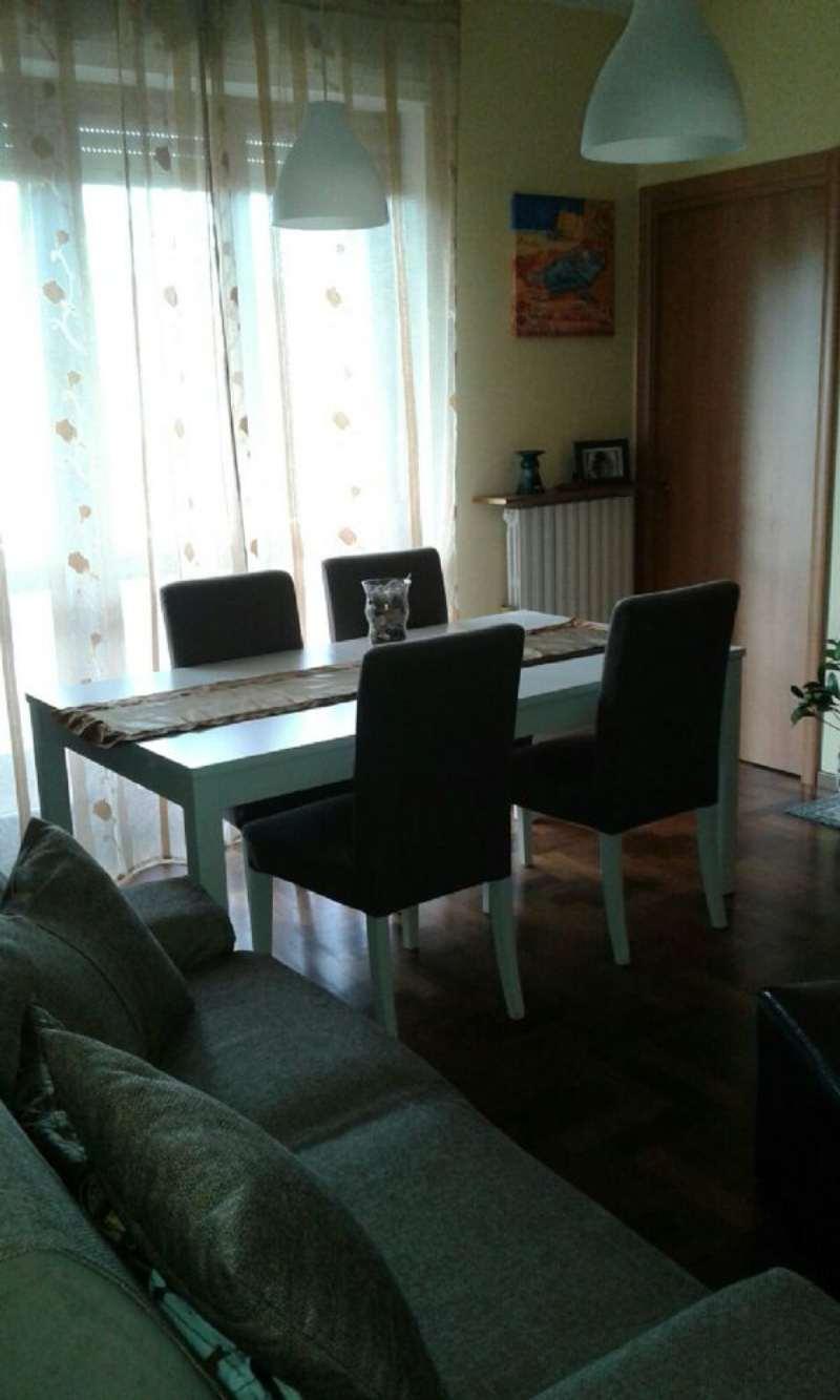 Appartamento in vendita a Cantù, 4 locali, prezzo € 138.000 | Cambiocasa.it