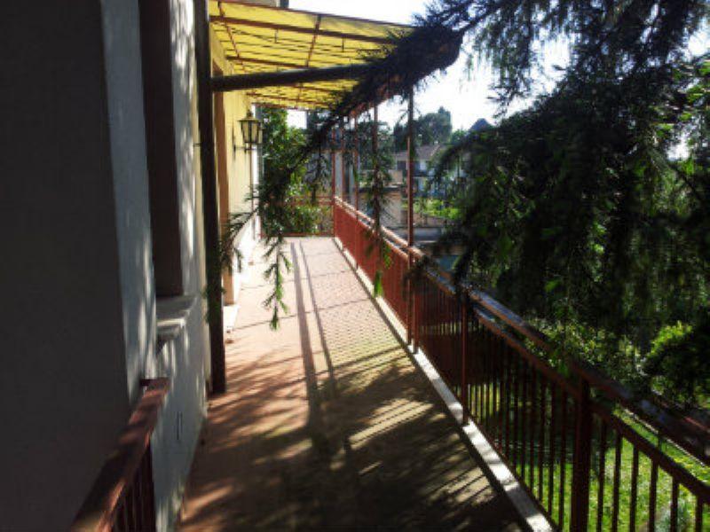 Attico / Mansarda in vendita a Cantù, 6 locali, prezzo € 1.300 | Cambiocasa.it