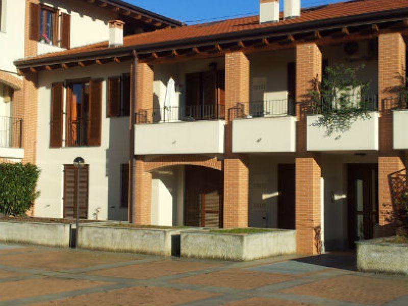 Appartamento in vendita a Figino Serenza, 2 locali, prezzo € 99.000 | Cambiocasa.it