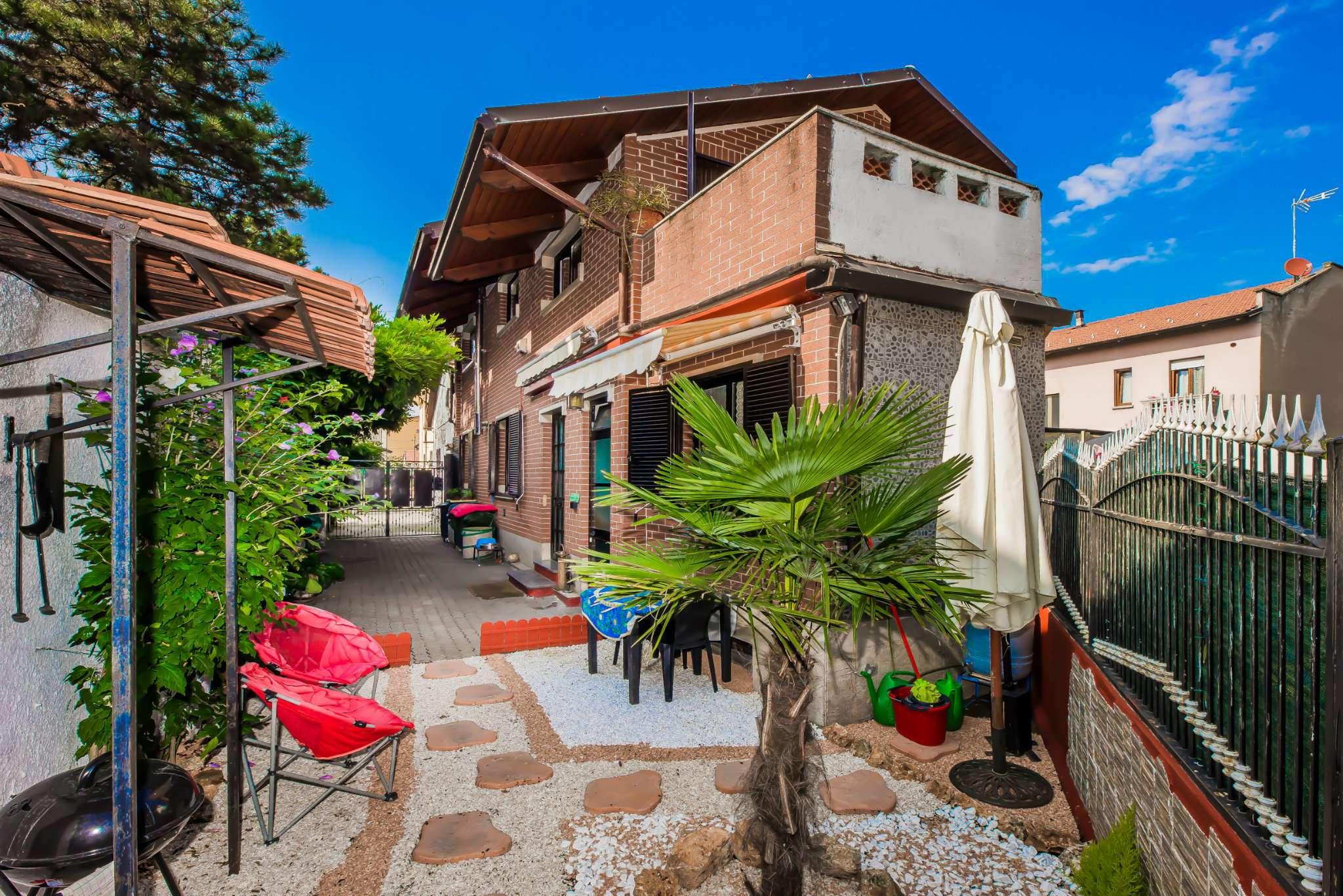 Villetta a Schiera in vendita via Bassano Collegno