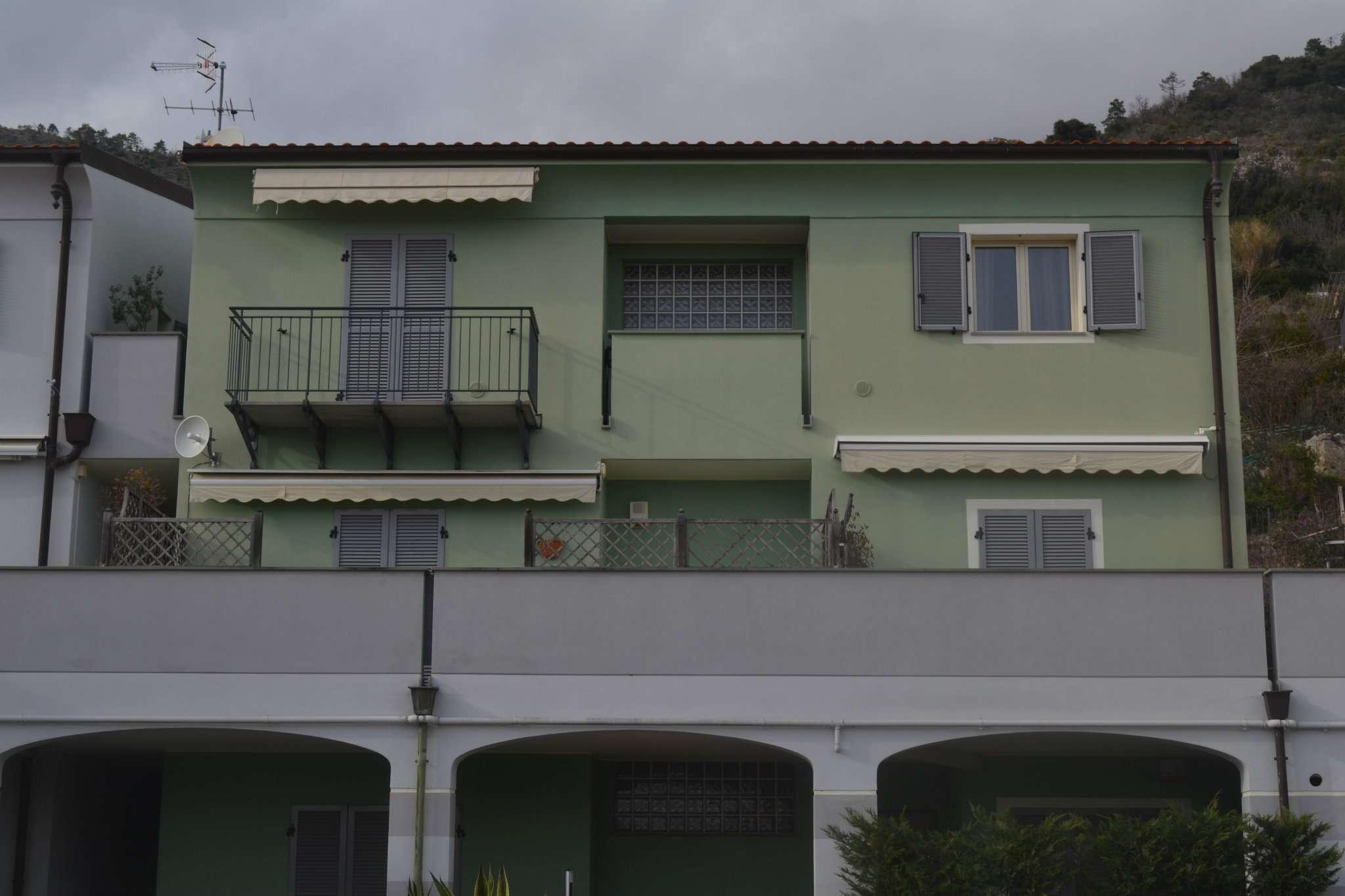 Foto 1 di Bilocale via Tricolore d'Italia 5, Boissano