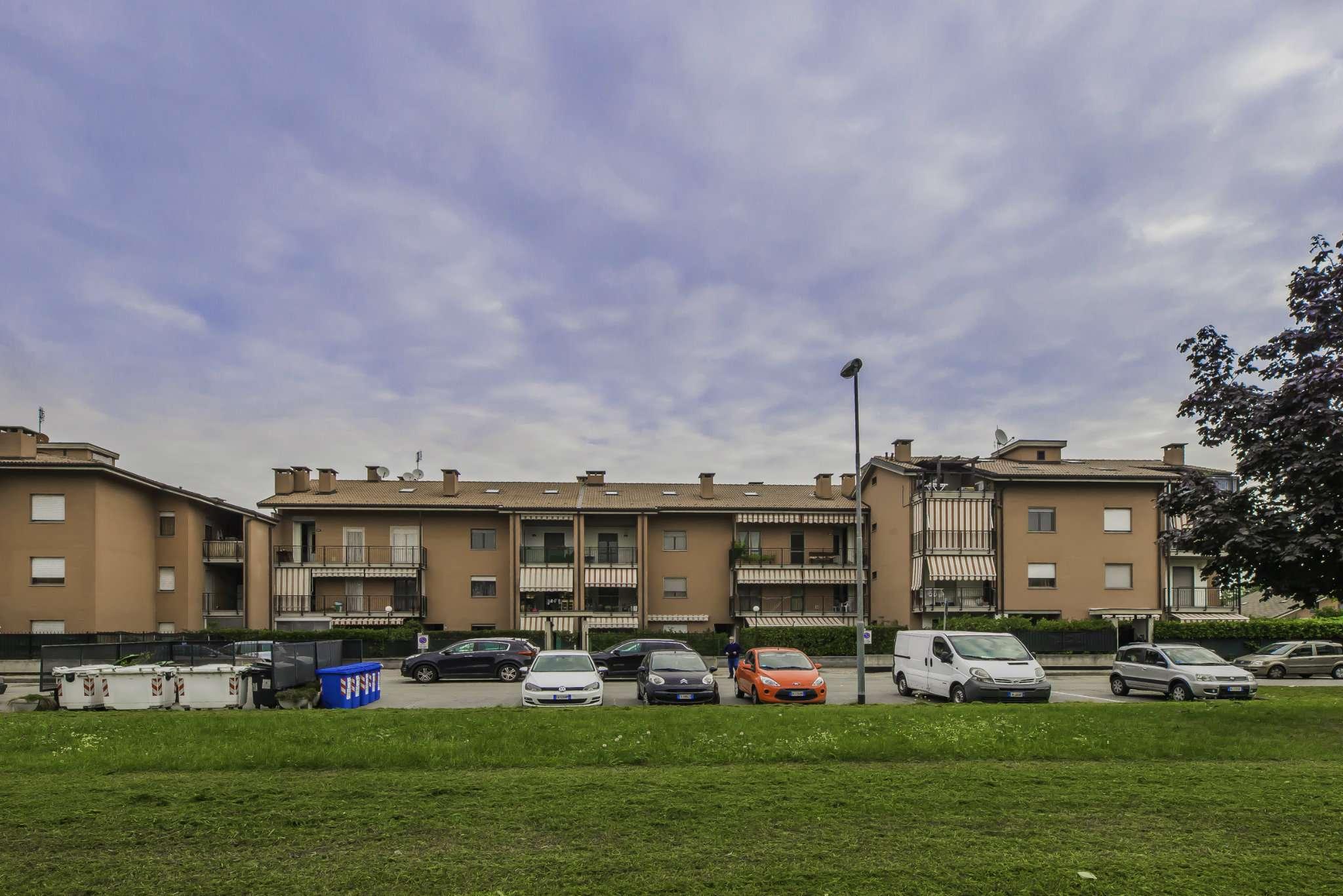 Foto 1 di Trilocale piazza Falcone e Borsellino, Orbassano