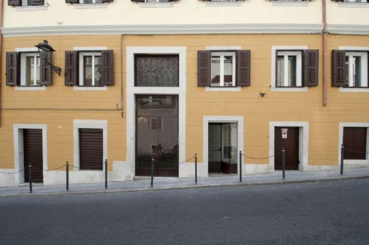 Soluzione Semindipendente in Vendita a Trieste
