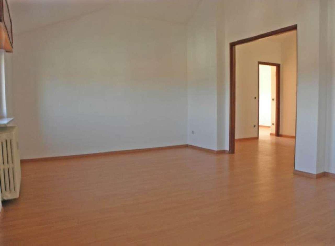 Attico / Mansarda in vendita a Centallo, 3 locali, prezzo € 58.000 | Cambio Casa.it