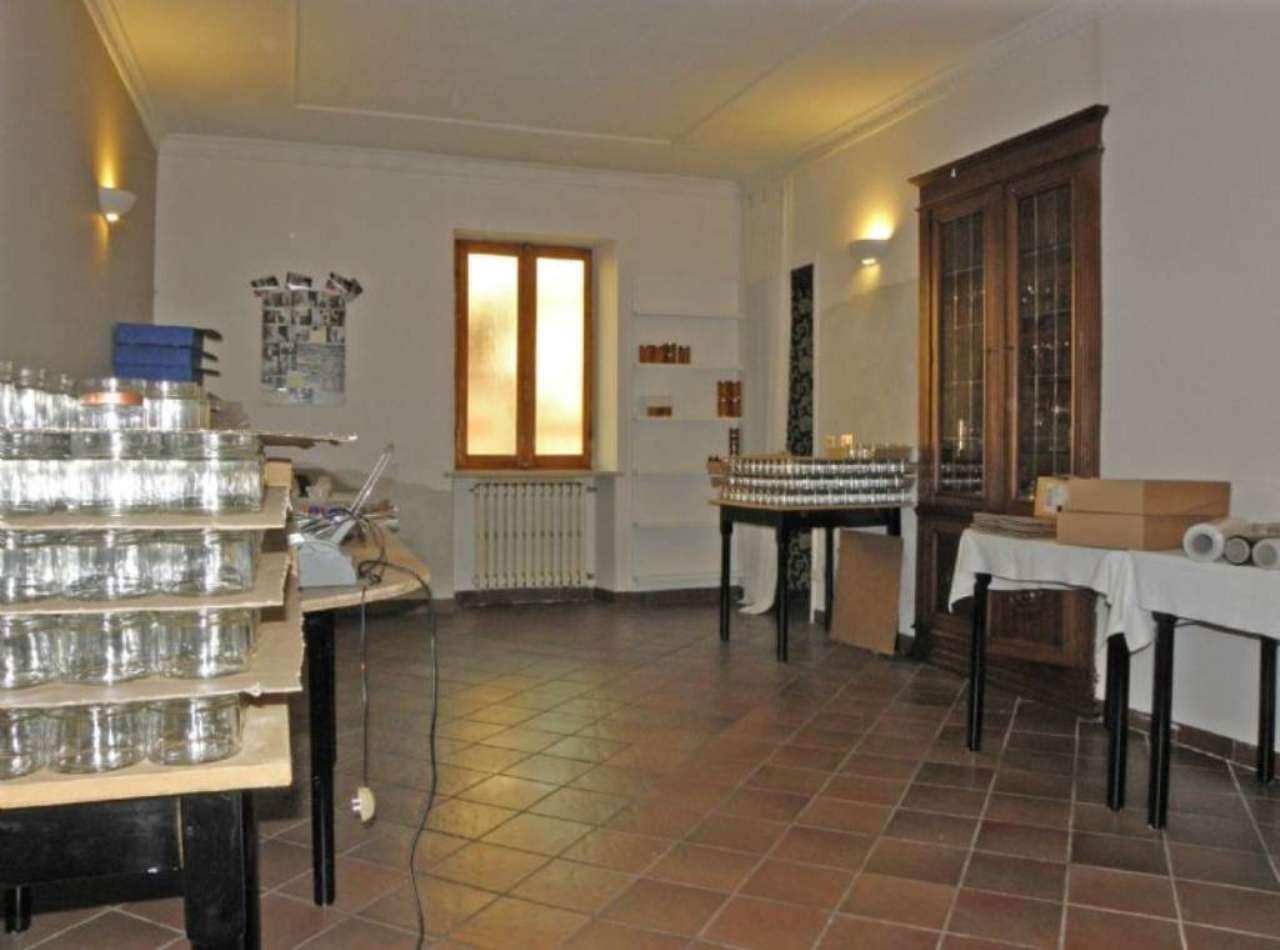 Ufficio / Studio in affitto a Centallo, 2 locali, prezzo € 350 | Cambio Casa.it
