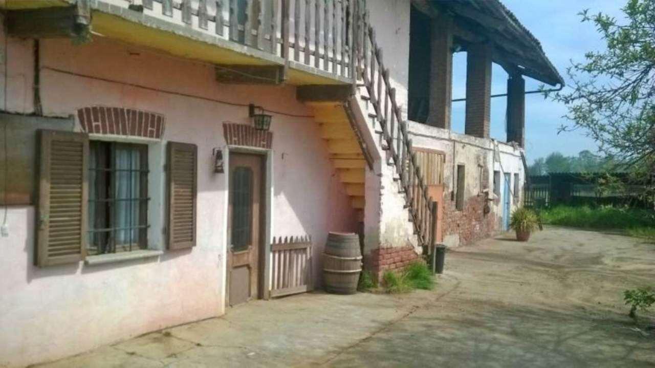 Rustico / Casale in vendita a Savigliano, 5 locali, prezzo € 70.000 | Cambio Casa.it