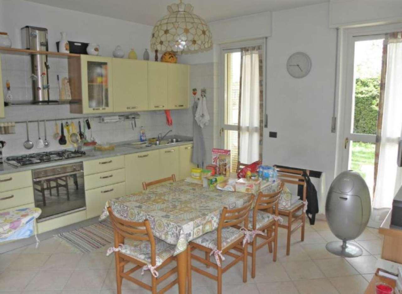 Villa a Schiera in vendita a Caraglio, 8 locali, prezzo € 335.000 | Cambio Casa.it