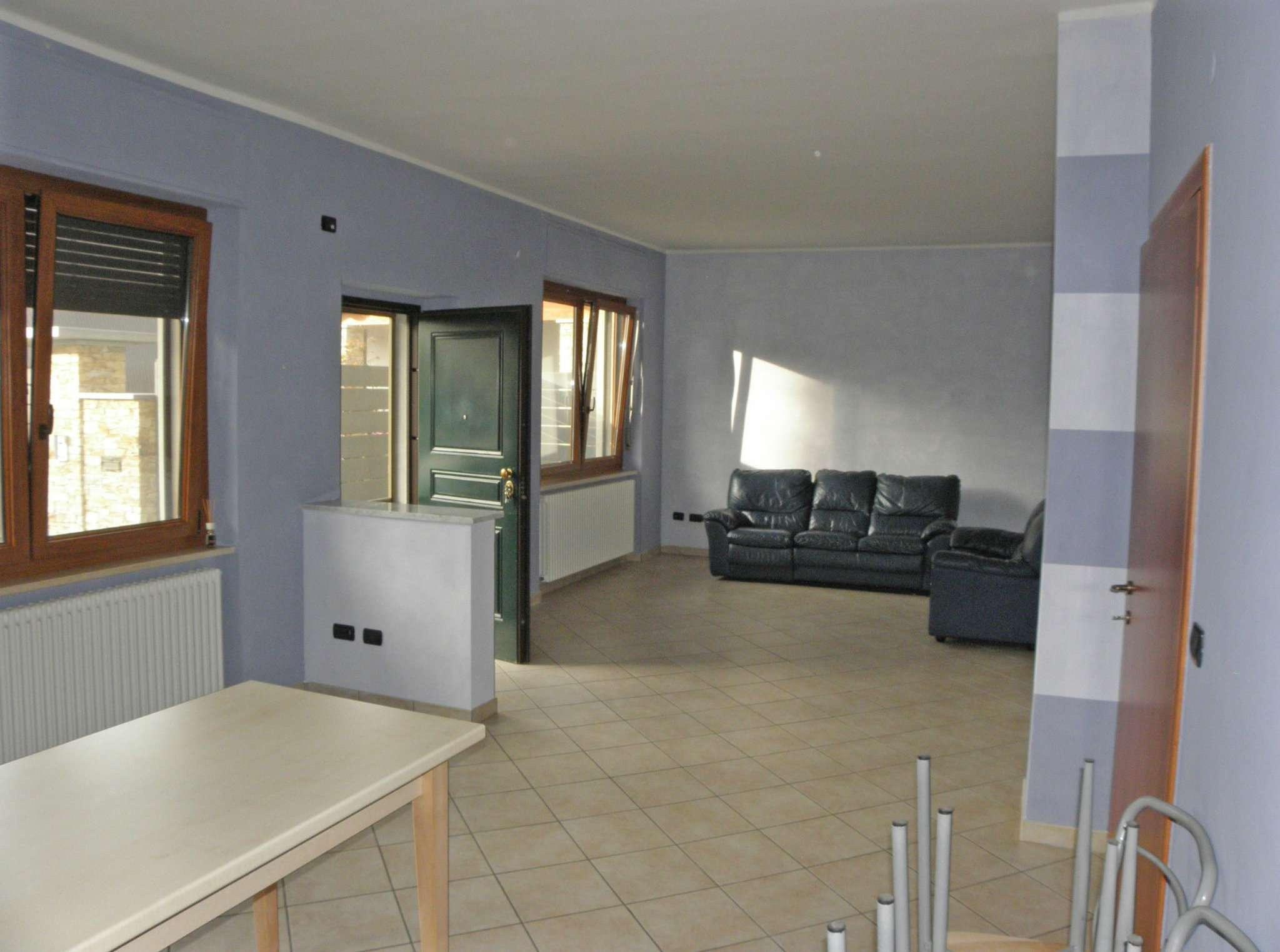 Appartamento in affitto a Centallo, 4 locali, prezzo € 450 | Cambio Casa.it