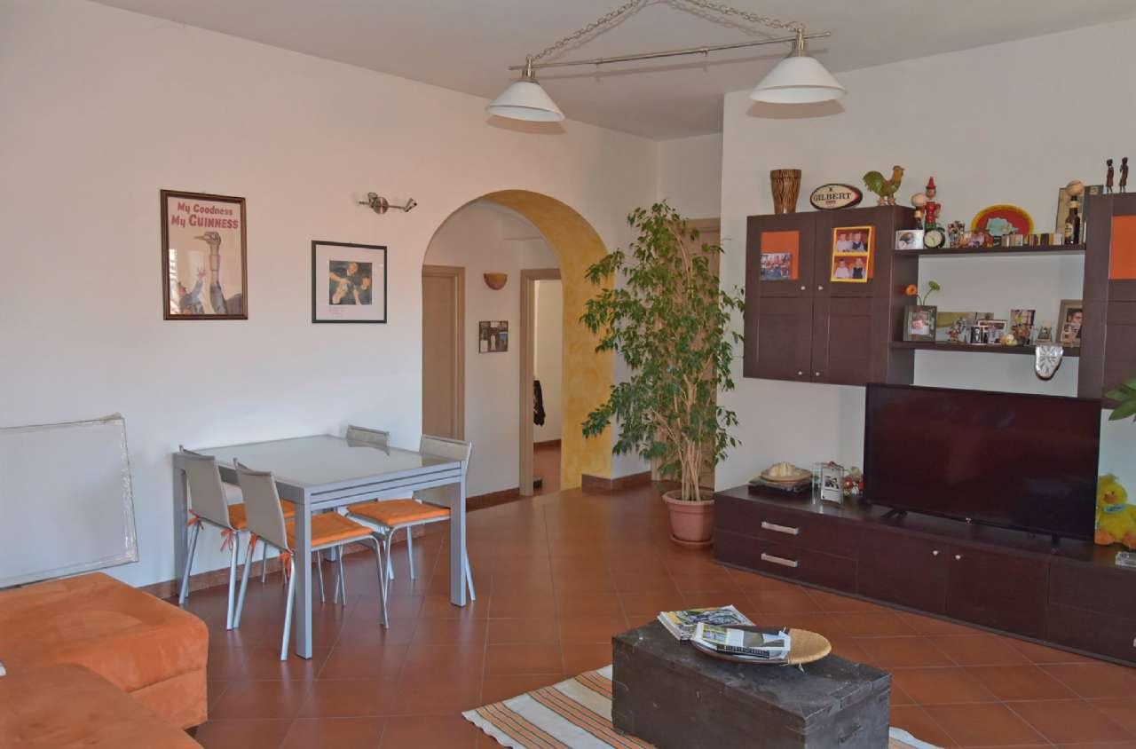 Appartamento in vendita a Centallo, 4 locali, prezzo € 100.000 | Cambio Casa.it