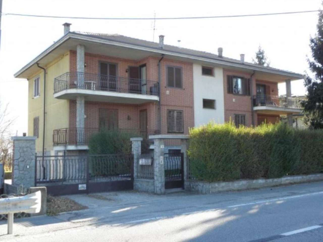 Appartamento in vendita a Centallo, 4 locali, prezzo € 85.000 | Cambio Casa.it