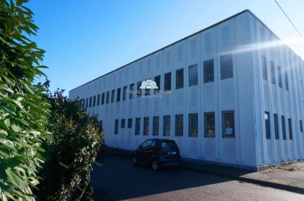 Ufficio-studio in Affitto a Cavenago Di Brianza: 5 locali, 730 mq