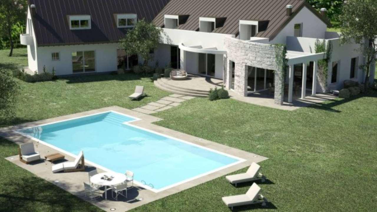 Villa in Vendita a Casatenovo: 5 locali, 760 mq
