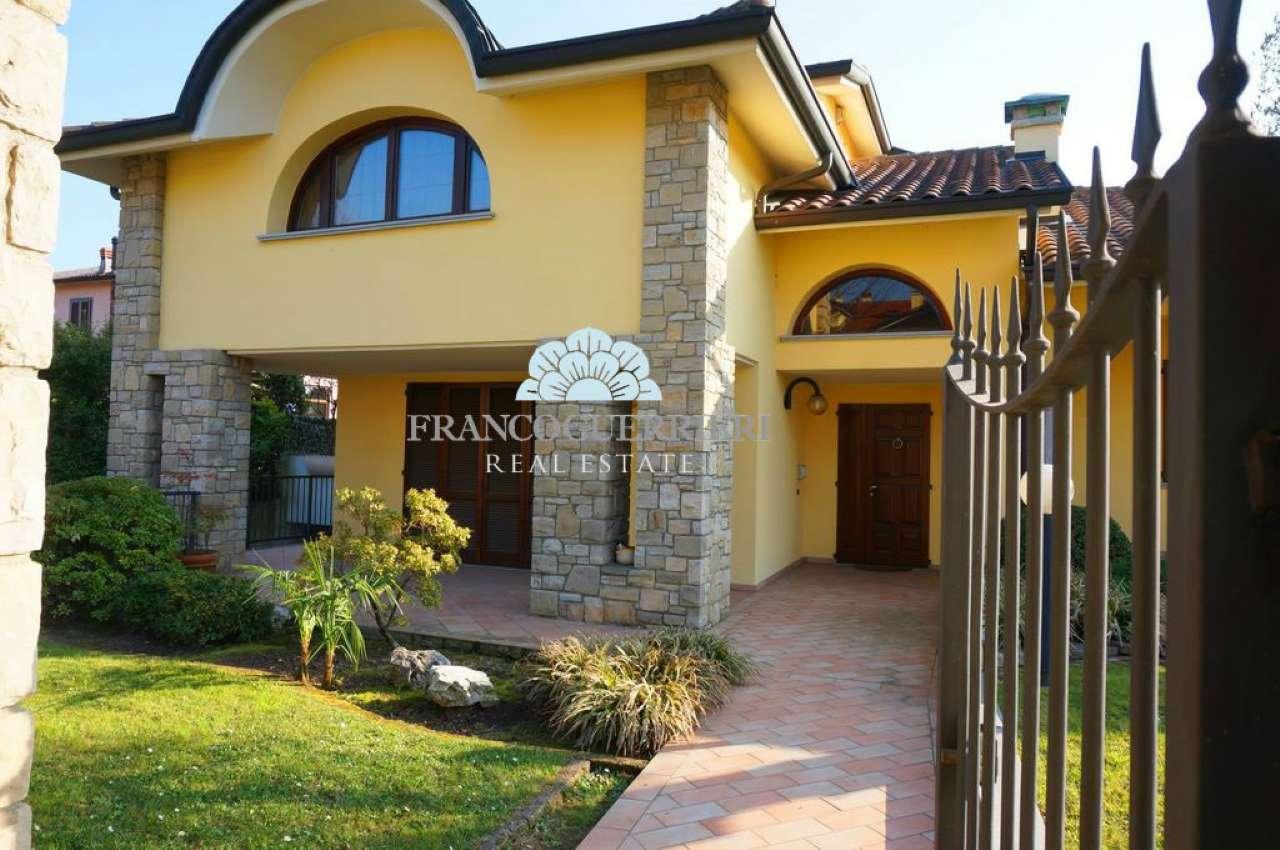 Villa in Vendita a Vimercate: 5 locali, 480 mq