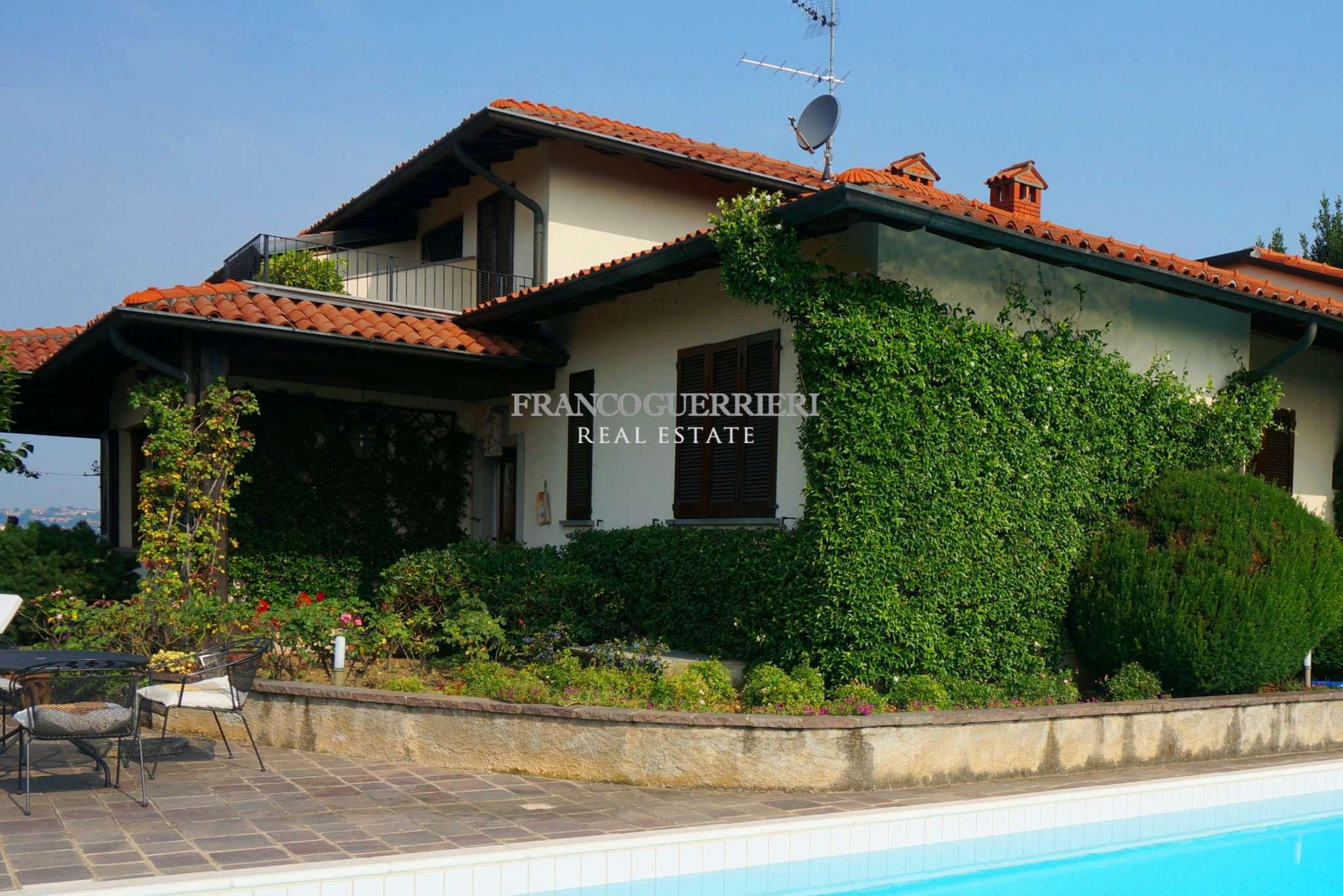 Villa in Vendita a Montevecchia: 5 locali, 380 mq