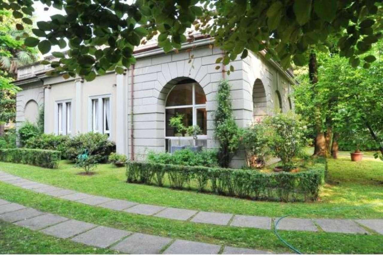 Appartamento in Vendita a Monza: 5 locali, 190 mq