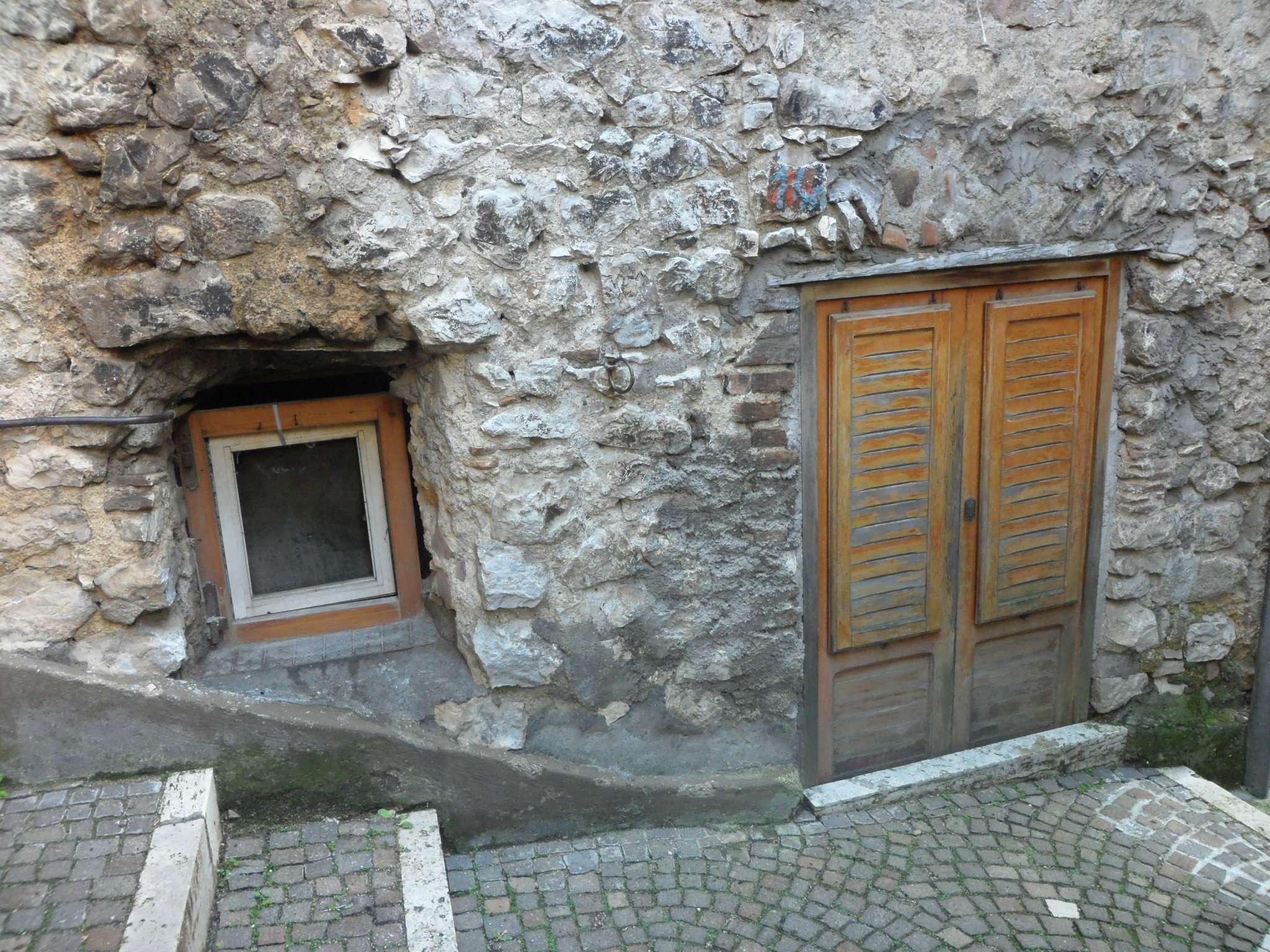 Bilocale Fiuggi Via Della Piazza 11