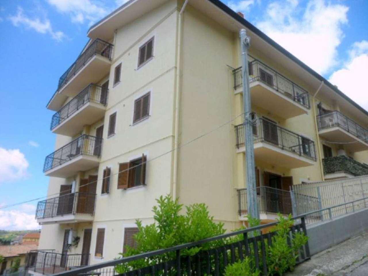 Appartamento in vendita a Fiuggi, 3 locali, prezzo € 55.000 | Cambio Casa.it