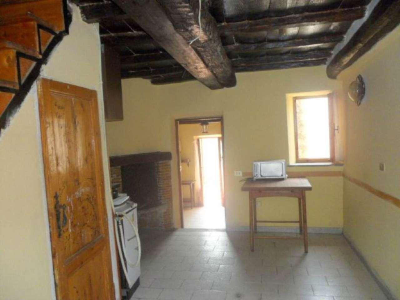 Soluzione Indipendente in vendita a Fiuggi, 4 locali, prezzo € 26.000 | Cambio Casa.it