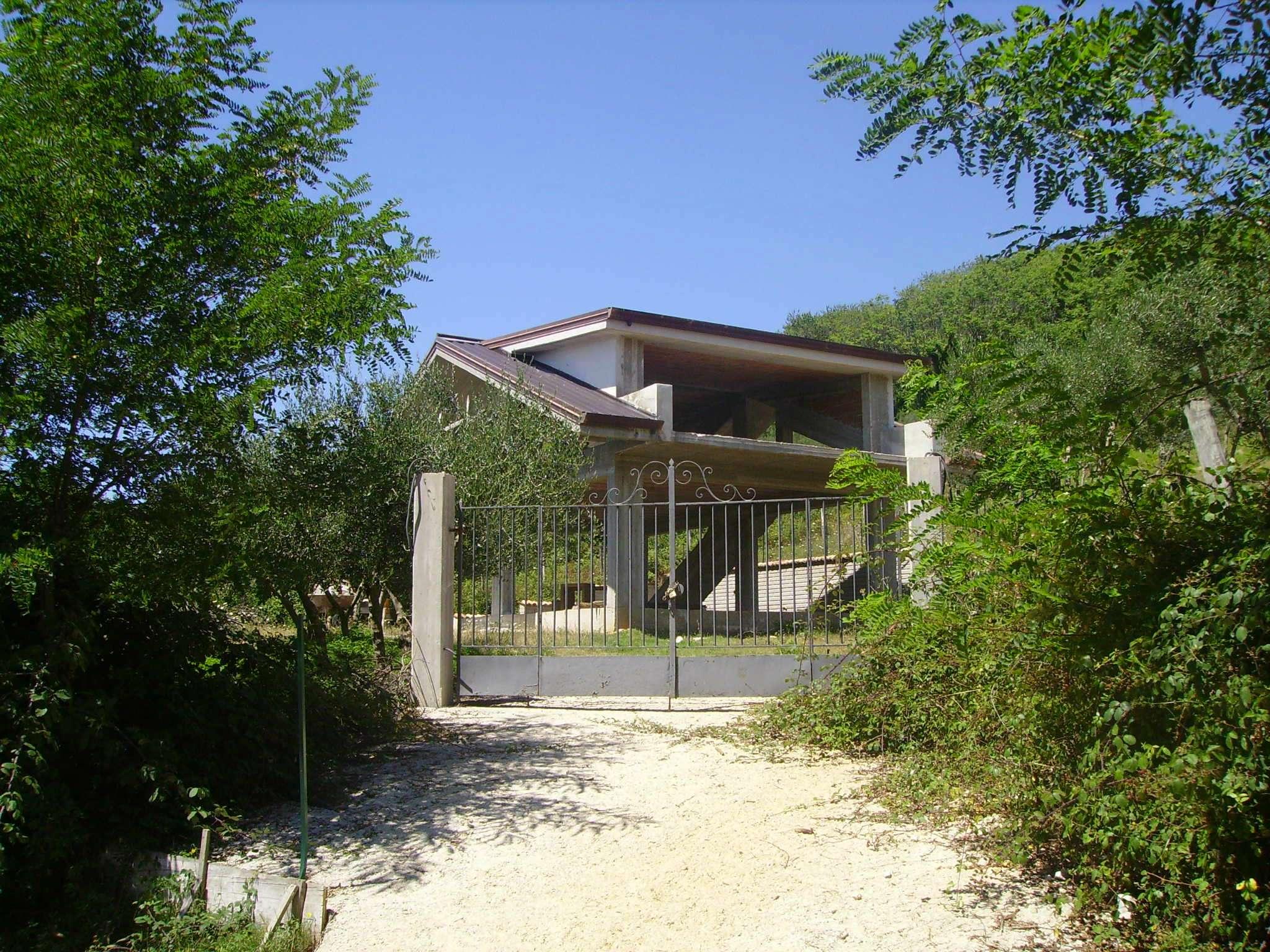 Villa in Vendita a Fiuggi
