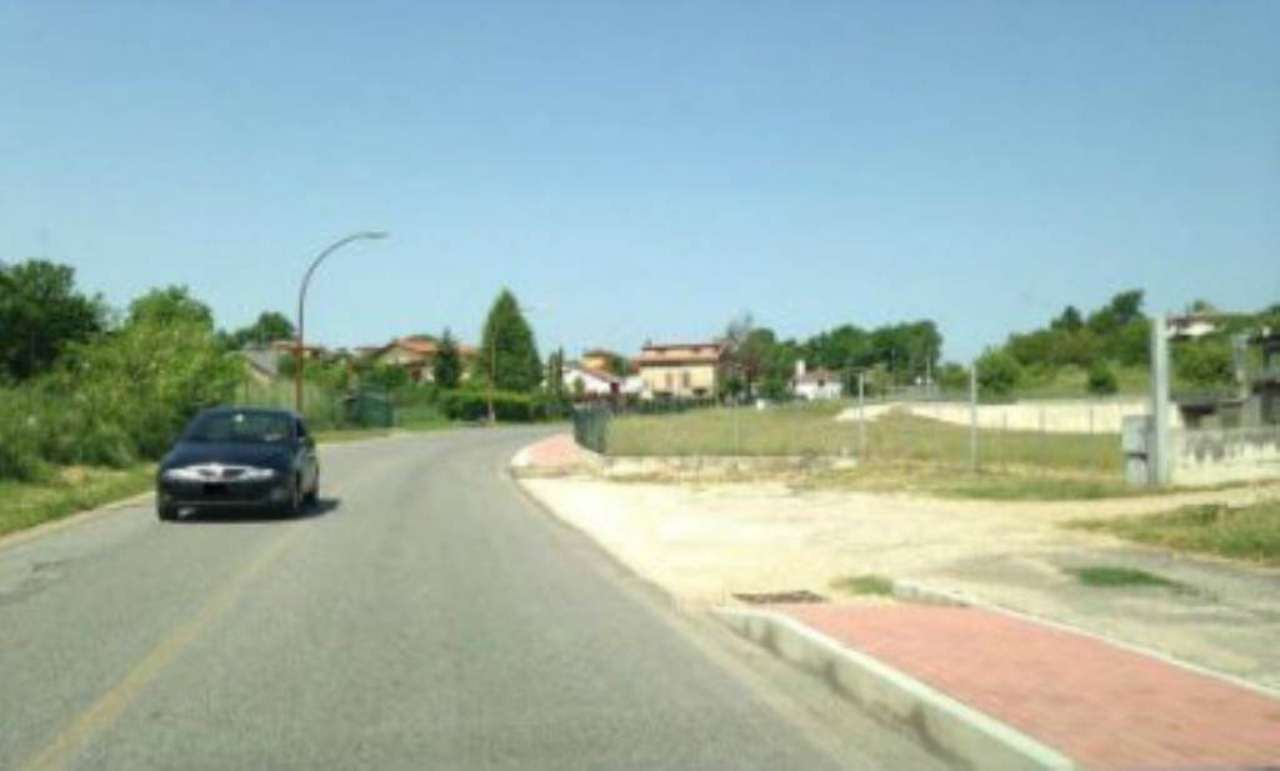 Immobile Commerciale in affitto a Fiuggi, 9999 locali, prezzo € 2.000 | CambioCasa.it