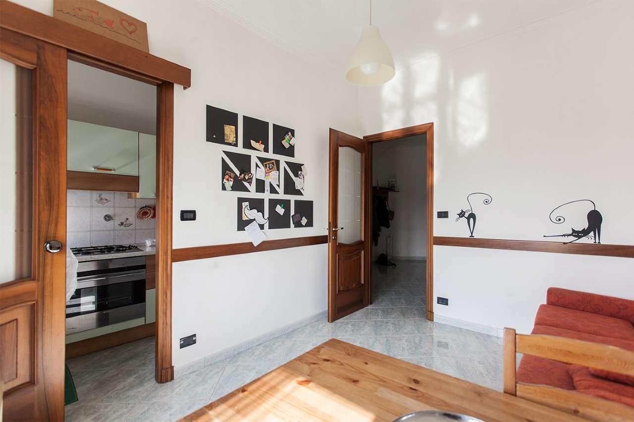 Appartamento Modernamente Arredato Di Mq 60 Torino