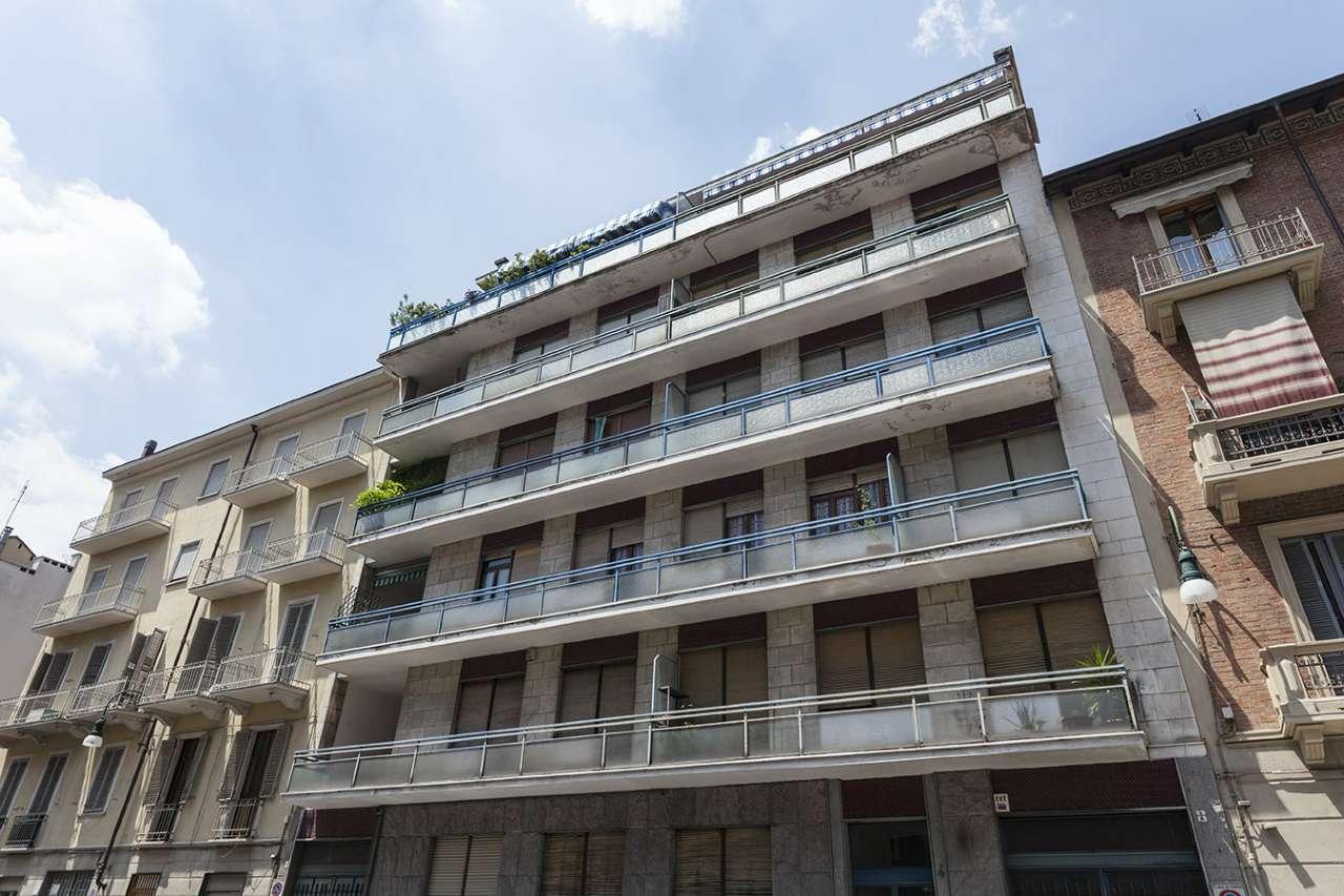Foto 1 di Appartamento via Perosa, Torino (zona Cenisia, San Paolo)