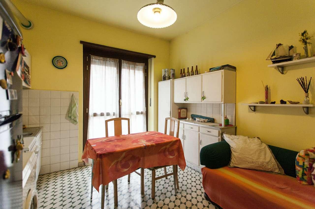 Foto 1 di Bilocale via Ventimiglia, Torino (zona Lingotto)