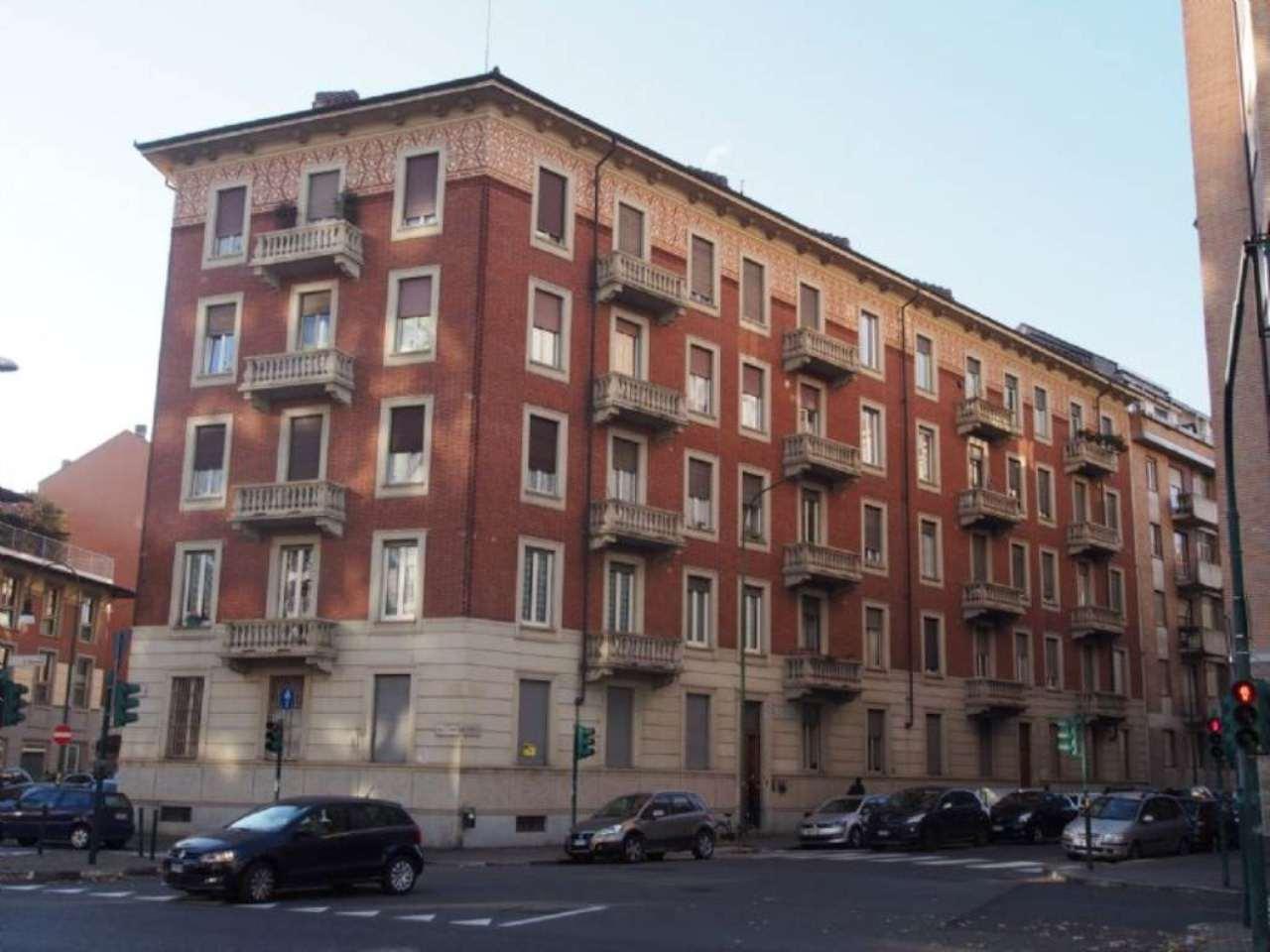 Bilocale Torino Via Moretta 1