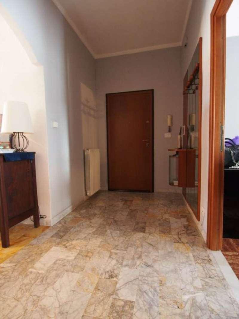 Bilocale Torino Via Caselette 8